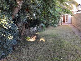 Foto Casa en Venta en  Adrogue,  Almirante Brown  NOTHER 1049, entre Somellera y Pellerano