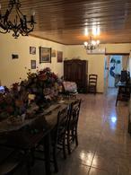 Foto Casa en Venta en  Quilmes Oeste,  Quilmes  Intendente Oliveri n° 3760 entre calle 388 y calle 389