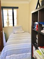 Foto thumbnail Casa en Venta en  Pocitos ,  Montevideo  Próxima a colegios .- Lugar para 6 autos, barbacoa