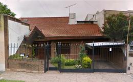 Foto thumbnail Casa en Venta en  Lomas de Zamora Oeste,  Lomas De Zamora  Jose Maria Penna 310 Lomas de Zamora