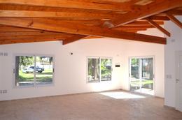 Foto Casa en Venta en  Barrio Parque Leloir,  Ituzaingo  Julian Balbin al 4000