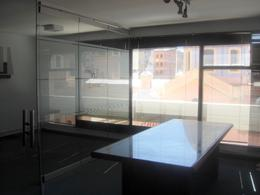 Foto Oficina en Venta en  Centro,  Cordoba  Av. VELEZ SARSFIELD  56
