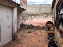 Foto Casa en Venta en  La Capital ,  Santa Fe  Pje. Marsengo al 5500