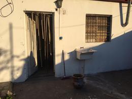 Foto Casa en Venta en  Jose Clemente Paz ,  G.B.A. Zona Norte                  Casa en Venta Calle Girondo