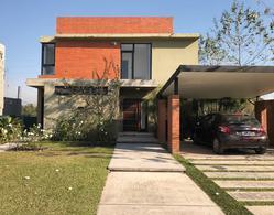 Foto Casa en Alquiler en  Yerba Buena ,  Tucumán  ALTO VERDE II