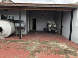 Foto Oficina en Alquiler en  Banfield,  Lomas De Zamora  BARCELO ESQUINA ONOFRE