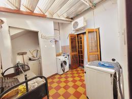 Foto Casa en Venta en  Villa Ballester,  General San Martin  Italia al 6100
