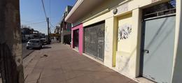 Foto Local en Alquiler en  Centro (Moreno),  Moreno  Local en alquiler en Moreno Bme. Mitre - Zona Comercial
