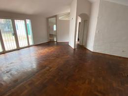 Foto Casa en Alquiler en  Villa Los Angeles,  Cordoba Capital  Barranca Yaco al 2100