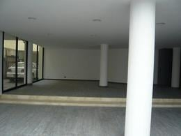 Foto Local en Renta en  Polanco,  Miguel Hidalgo  Col. Polanco,Oficina y/o Local comercial ,120m2. Buen frente.