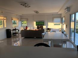 Foto Casa en Venta en  El Canton - Islas,  Countries/B.Cerrado (Escobar)  Libertad al 300