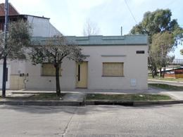 Foto Casa en Venta en  Parque Avellaneda ,  Capital Federal  Ameghino  al 2000