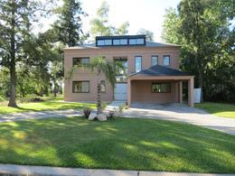 Foto Casa en Venta en  Saint Thomas,  Countries/B.Cerrado (E. Echeverría)  VENTA