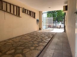 Foto Casa en Venta en  Villa Adelina,  San Isidro  Virrey Vertiz al 1700
