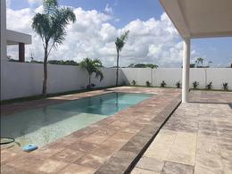 Foto Casa en Venta en  Mérida ,  Yucatán  Bella casa nueva a estrenar en privada al Norte de Merida