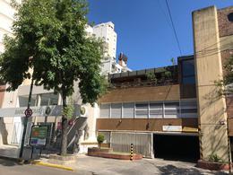 Foto Cochera en Venta en  Lomas De Zamora ,  G.B.A. Zona Sur  Italia al al 100