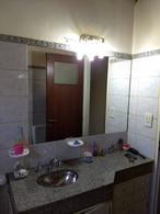 Foto Casa en Venta en  Pichincha,  Rosario  Rodriguez al 300