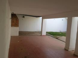 Foto Casa en Venta en  Pque.Republica,  Cordoba  Linconao 1000