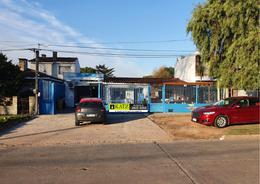 Foto Depósito en Alquiler en  Carrasco Norte ,  Montevideo  Carrasco prox Av Italia al norte