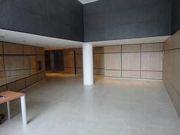 Foto Departamento en Alquiler en  Monserrat,  Centro  Bernardo de Irigoyen al 600