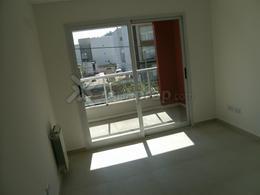Foto Departamento en Alquiler en  Lomas De Zamora,  Lomas De Zamora  José Eusebio Colombres 700