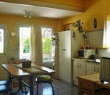 Foto Casa en Venta en  Villa Adelina,  San Isidro  Ucrania al 2300