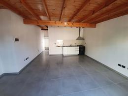 Foto PH en Alquiler en  Villa Saenz Peña,  Tres De Febrero  Uruguay 3408