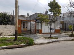 Foto Casa en Venta en  Lanús Oeste,  Lanús  Manuel Ocampo al 2800
