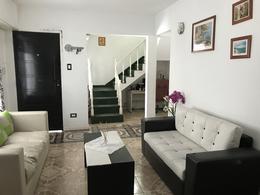 Foto Casa en Venta en  Adrogue,  Almirante Brown  Diagonal Toll al 1300