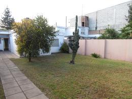 Foto Casa en Venta en  Ayacucho,  Cordoba  Davila y Cartagena al 1900