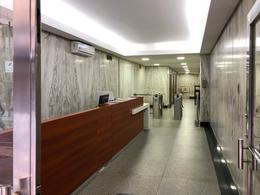 Foto Oficina en Venta | Alquiler en  Microcentro,  Centro (Capital Federal)  San Martín al 400
