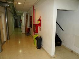 Foto Edificio Comercial en Alquiler en  Tribunales,  Centro  Viamonte y Paraná