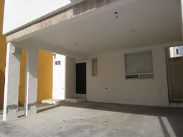 Foto Casa en Venta en  Fraccionamiento Vista Hermosa,  Reynosa  casa privada Vista Hermosa