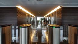 Foto Oficina en Venta en  Pocitos Nuevo ,  Montevideo  WTC Torre 4 Piso 30 con renta