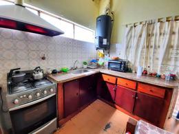 Foto Casa en Venta en  Castelar Sur,  Castelar  Berlin al 3800