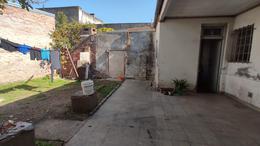 Foto Casa en Venta en  Sargento Cabral,  Santa Fe   Pedro ferre al 2100