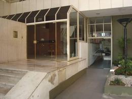 Foto Departamento en Venta en  Lomas De Zamora,  Lomas De Zamora  Colombres 120