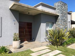 Foto Casa en Venta en  San Rafael,  Villanueva  Casa en Barrio Cerrado San Rafael Villanueva