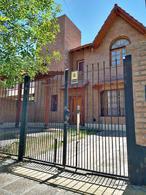 Foto Casa en Venta en  Capital ,  Neuquen  Alderete al 700