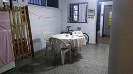 Foto Casa en Venta en  Ludueña,  Rosario  Urquiza al 4600