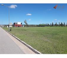 Foto Terreno en Venta en  Siete Soles,  Cordoba Capital          Lote en Venta de 1500 mts2 en barrio Heredades, Siete Soles