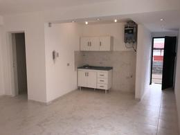 Foto Departamento en Alquiler en  Lanús Este,  Lanús  Madariaga al 1500