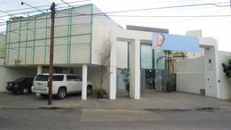 Foto Local en Renta en  Lomas 3ra Secc,  San Luis Potosí  ¡ ESQUINA ! EXCELENTES ESPACIOS COMERCIALES PARA SPA, ESTETICA,  CLINICA O CONSULTORIOS