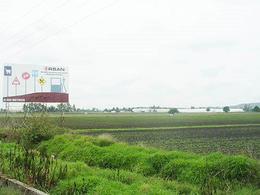 Foto Terreno en Venta en  Pueblo Ahorcado,  Pedro Escobedo  Bonito terreno a pie de carretera