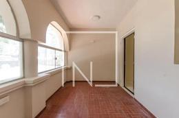 Foto Local en Alquiler en  Villa Morra,  La Recoleta  Alquilo Local comercial en 2 plantas en Villa Morra