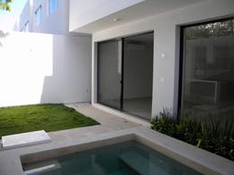 Foto Casa en Venta en  Aqua,  Cancún   Casa en Venta en Cancún, Residencial Aqua  de 3 Recámaras con Alberca .Oportunidad