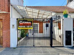 Foto PH en Venta en  Gerli,  Lanús  PADILLA 319