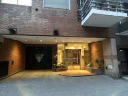 Foto Departamento en Venta en  Recoleta ,  Capital Federal  Agüero y Juncal