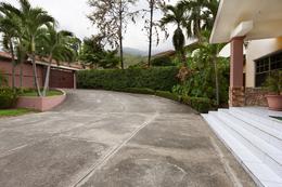 Foto Casa en Venta en  San Pedro Sula ,  Cortés  Hermosa casa en col: Juan Lindo