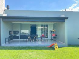 Foto Casa en Venta en  Yerba Buena ,  Tucumán  Country Divisadero - Chubut al 2500
